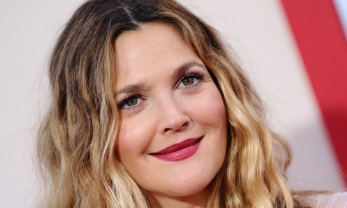 Drew Barrymore looks completely different in 'terrifying' photo that gets fans talking