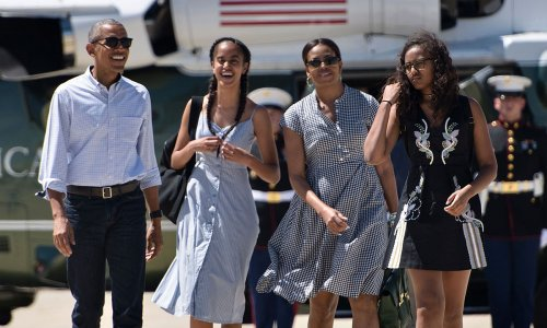 Michelle Obama's daughters steal the spotlight in candid family photo