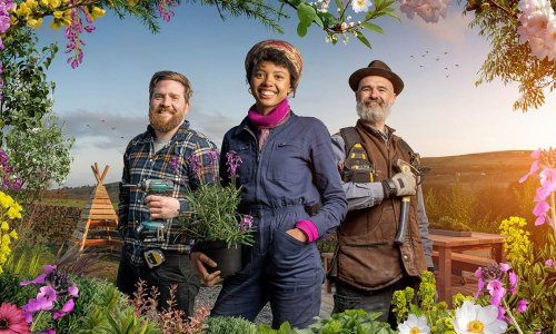 Who are the experts on The Great Garden Revolution?