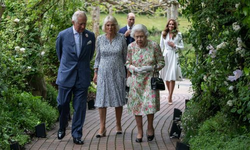 Kate Middleton caught greeting Prince Charles with surprising personal nickname – WATCH