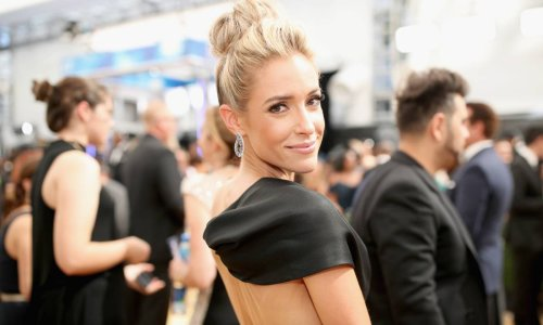 Kristin Cavallari turns heads in an ab-baring crop top and skirt combo you can't miss