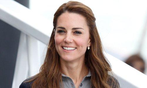Kate Middleton wears sporty mini skirt to meet with tennis star Emma Raducanu