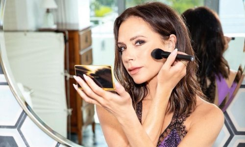 Victoria Beckham removes her makeup with this genius £7 tool