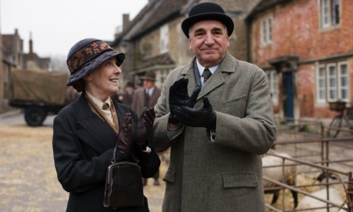 Downton Abbey star Phyllis Logan to star in new ITV drama - and it looks seriously good