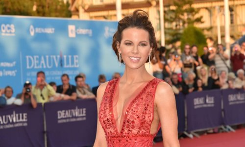 Kate Beckinsale's surprising road trip look is next level glam