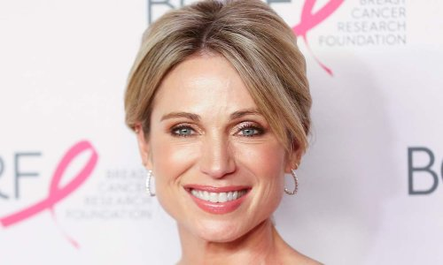 GMA's Amy Robach wows in body-hugging Topshop skirt and glasses