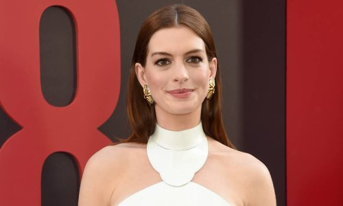 Anne Hathaway just wore the sandal that is taking over Hollywood - and we want it too