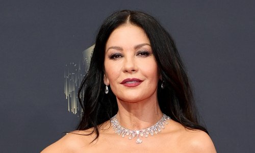 Catherine Zeta-Jones shows off incredibly theatrical skill in new video