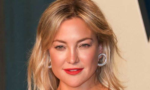 Kate Hudson takes daughter Rani on holiday – and divides fans with masked airport picture