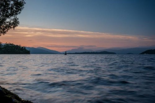 """Warning issued of """"extreme dangers"""" at Loch Lomond following death of teenager"""