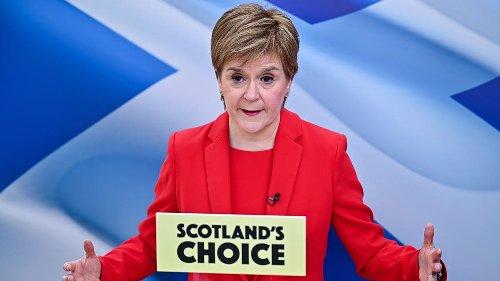 Sturgeon 'does not want independence referendum', says ex-Scottish secretary