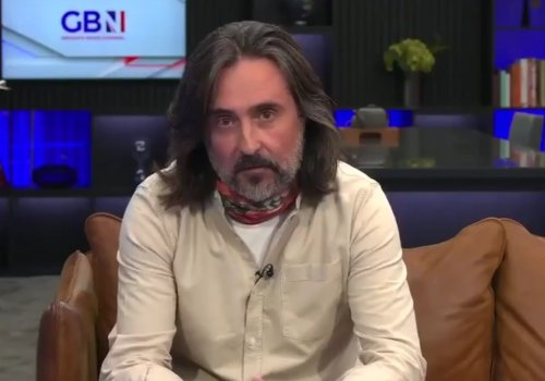 Anger as Scots broadcaster Neil Oliver states he would 'cheerfully risk catching Covid' in name of freedom