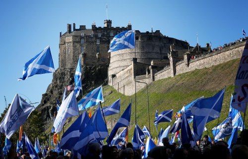 Independence march attracts 5,000 in Edinburgh say organisers
