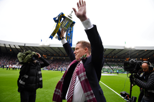 Hearts legend Gary Locke awarded Tynecastle testimonial after his 20 years service