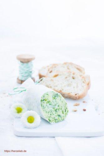 Bärlauchbutter Rezept – so schmeckt der Frühling auf dem Brot!