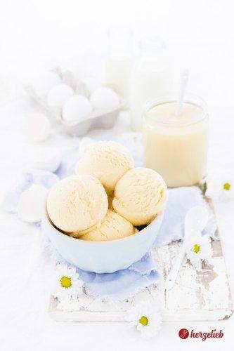 Honigeis Rezept – das cremigste Eis, das ich je gemacht habe
