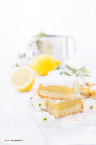 Zitronen-Quadrate – kleine Zitronenkuchen ganz handlich