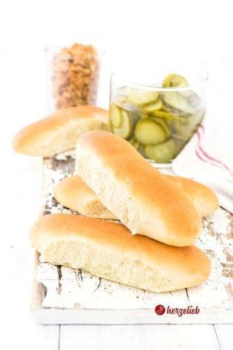Hot Dog Brötchen Rezept - aus Dänemark einfach selber backen