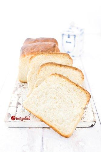 Sandwichbrot Rezept - Toastbrot einfach, lecker und saftig