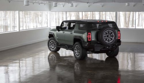 Preview: 2024 GMC Hummer EV SUV arrives to embarrass Ford Bronco and Jeep Wrangler