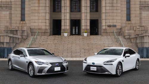 """Toyota Mirai, Lexus LS 500h to debut """"partial hands-free"""" driver-assistance system"""