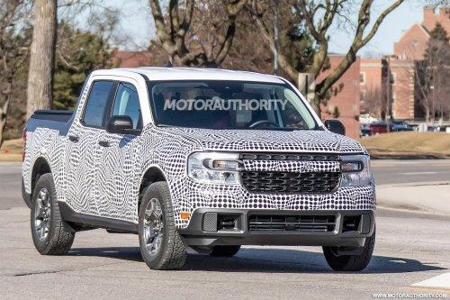2022 Ford Maverick spy shots: Compact pickup on the way