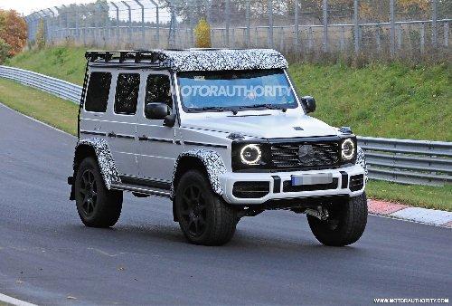 2022 Mercedes-Benz G-Class 4x4 Squared spy shots: Luxury monster truck set for return