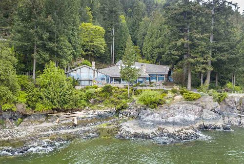 This $17.6M Oceanfront Getaway on BC's Bowen Island Boasts a Tennis Court, Indoor Pool and Spectacular View