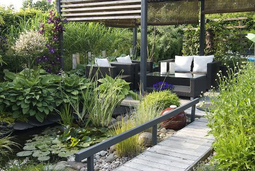 10 Ways to Totally Transform Your Backyard Just in Time for the Warmer Weather