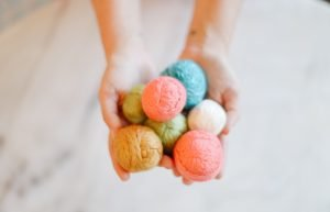 How to Make Colourful DIY Wool Dryer Balls (the Perfect Zero Waste Idea!)