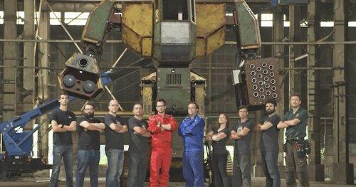 Названа дата эпического поединка гигантских роботов - Hi-News.ru