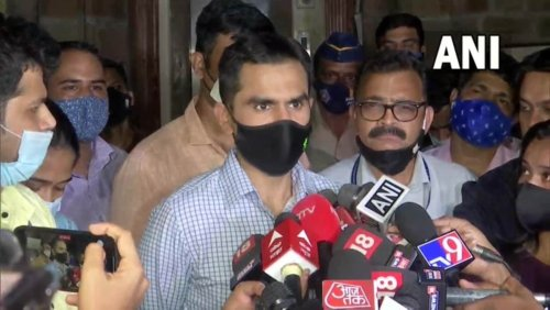 'Disgusting': Wankhede replies to minister, says he went to Maldives with family