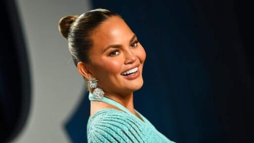 Chrissy Teigen returns to Twitter: 'Turns out it feels terrible to silence yourself'