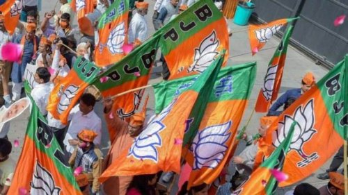 The quest for a third front