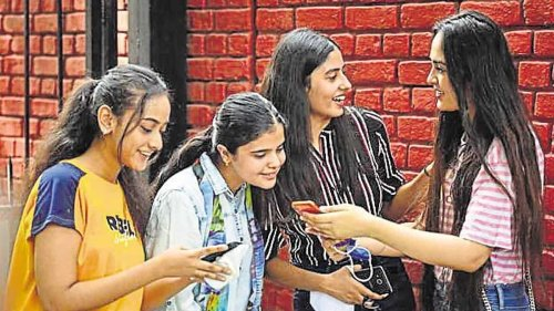 'Set fair criteria for grading CBSE 10th students, release 12th schedule soon'
