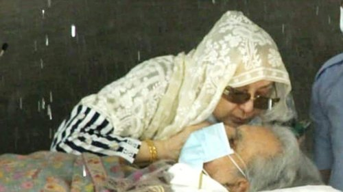 Saira Banu: Was a crucial time for Dilip saab, he will continue to be under observation at home