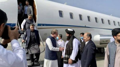 Pak PM's DG ISI returns to Kabul, wants Taliban to get minority reps on board