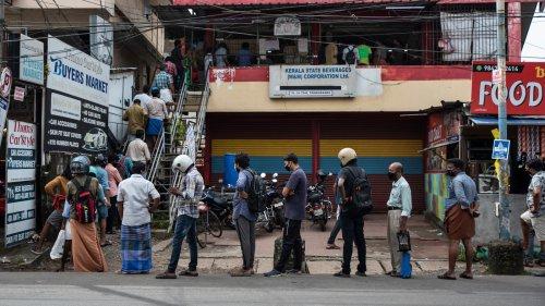 Kerala under complete weekend lockdown, Covid-19 curbs reinforced
