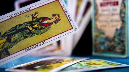 Weekly Tarot Card Readings: Tarot prediction for April 11-April 17