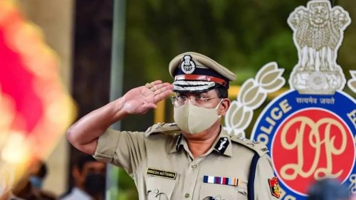 Delhi CP conducts security audit, withdraws 500 personal from protection duties