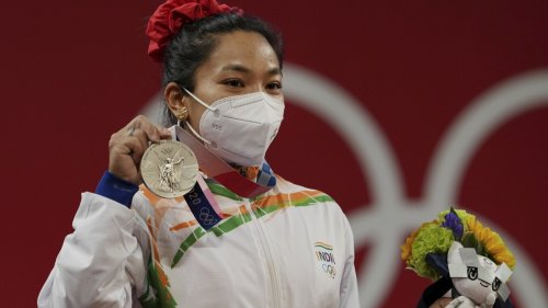 Indian cricketers laud Mirabai Chanu for winning silver in Tokyo Olympics