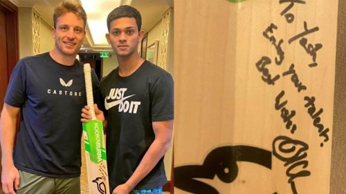 'Enjoy your talent': Jos Buttler gives Yashasvi Jaiswal special gift before returning home after IPL 2021 suspension