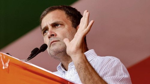 On maiden rally in Bengal, Rahul Gandhi says BJP has nothing to offer except hate