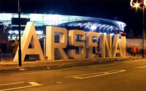 Akinola labels Arsenal teenager as 'Bergkamp' after U-23's beat Chelsea 6-1 yesterday