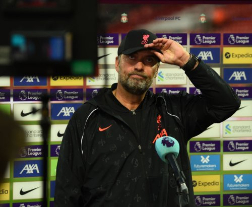 Klopp claims one Liverpool star's confidence was 'shattered' before hammering Manchester United