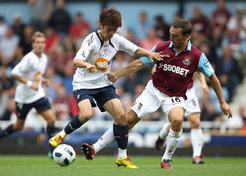 'Starting to get excited': Some Bolton fans discuss club tweet involving West Ham's Mark Noble