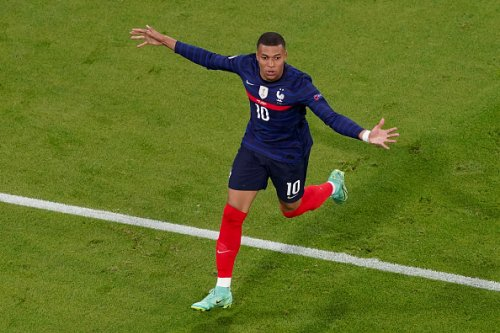 Celtic can reportedly sign a player who 'sprints like Mbappe' for just £4m