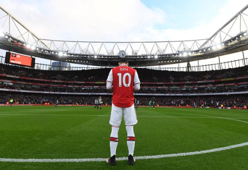 'I was thinking the same': Some Arsenal fans discuss Mesut Özil tweet after 3-1 NLD win