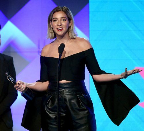 Gabbie Hanna poetry drama explained – YouTuber argues with Rachel Oates!