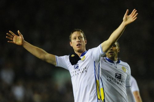 Some Leeds fans are responding to Luciano Becchio tweet about Manchester City win